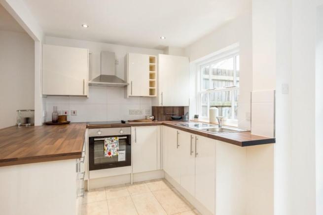 Doncaster Close kitchen