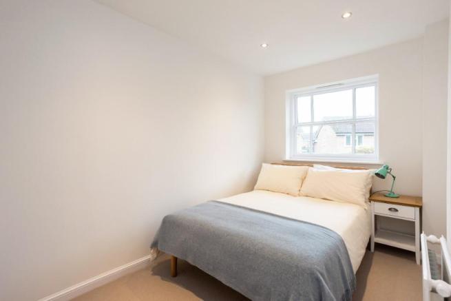 Doncaster Close bedroom