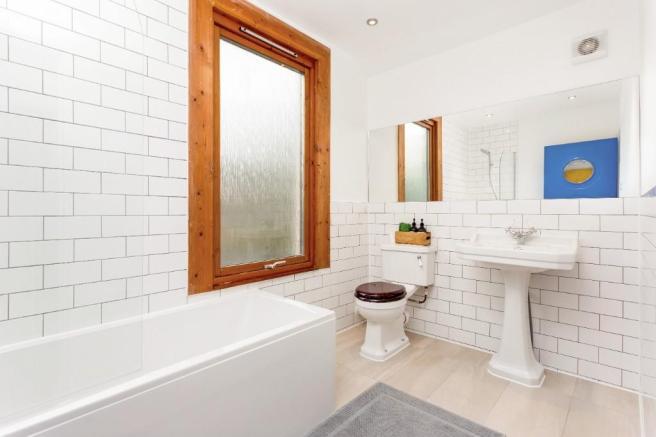 Westwood Road bathroom