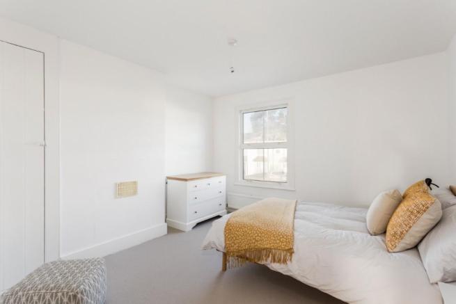Amersham Road bedroom